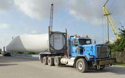 Roll-Lift USA transported windmill blades